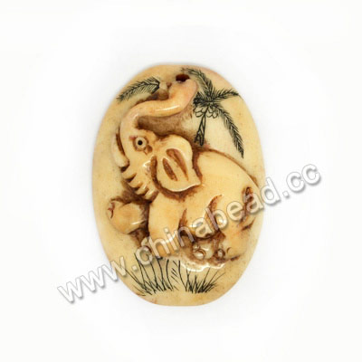 Carved Bone Pendants, Antique, Elephant Animal Scrimshaw, Oval, Approx 35x25x8mm, Hole: Approx 2mm, Sold by PCS