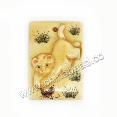 Carved Bone Pendants, Ivory, Running Cat & Butterfly Animal Scrimshaw, Rectangle, Approx 38x27x6mm, Hole:Approx 2mm, Sold by PCS