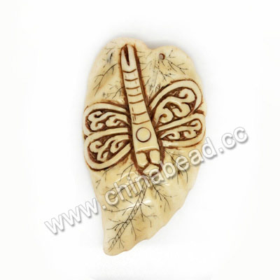 Carved Bone Pendants, Antique, Dragonfly Scrimshaw, Animal, Leaf, Approx 60x45x4mm, Hole: Approx 2mm, Sold by PCS